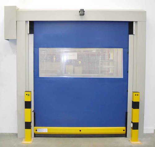 Do high speed self repairing zipper doors have a window?